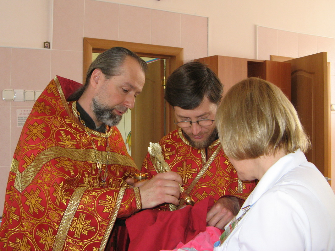 48 воспитанников Борисовского специализированного дома ребенка причастились Святых Христовых Таин
