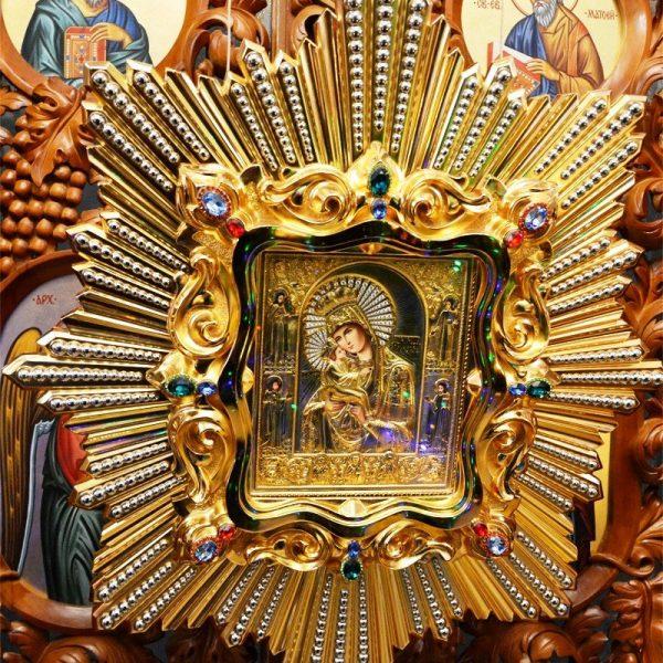 5 АВГУСТА — ДЕНЬ ПОЧИТАНИЯ ПОЧАЕВСКОЙ ПРЕСВЯТОЙ БОГОРОДИЦЫ