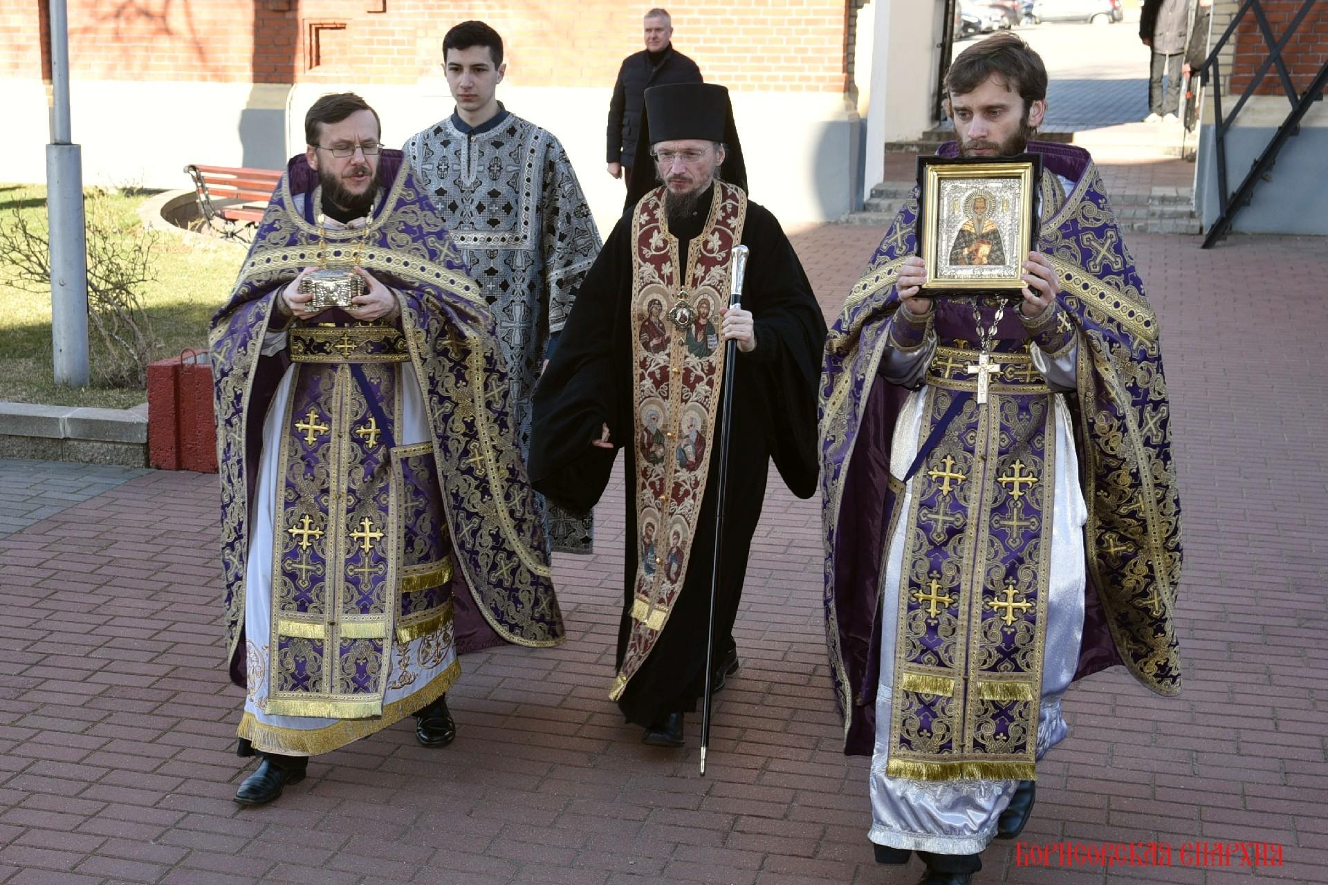 Икона и частица святых мощей священномученика Харалампия Магнезийского доставлена в кафедральный собор